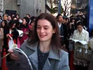 10年ほど前に東京公演の出待ちにてサインをもらう!